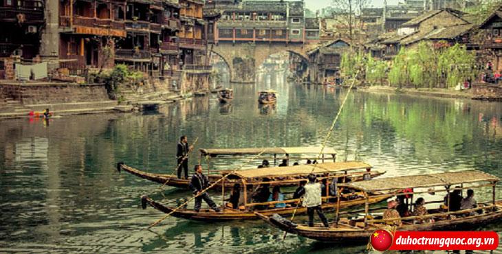 nhung-danh-lam-thang-canh-lam-say-dam-long-nguoi-9