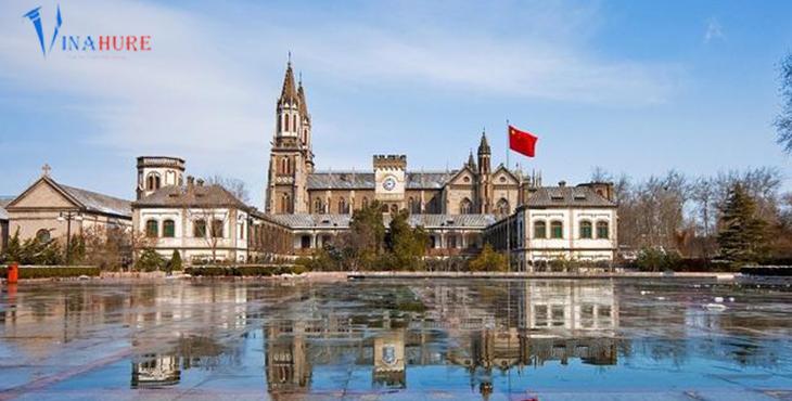 Thành phố Uy Hải với lối kiến trúc mang đậm nét Châu Âu.