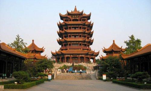 Vũ Hán- thành phố ngàn hoa với nhiều di tích lịch sử.